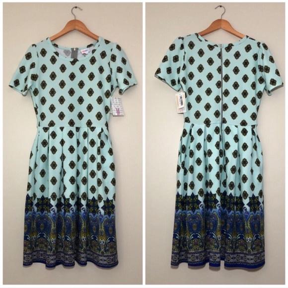 LuLaRoe Dresses & Skirts - NWT LuLaRoe Amelia Dipped Paisley Ombré Dress